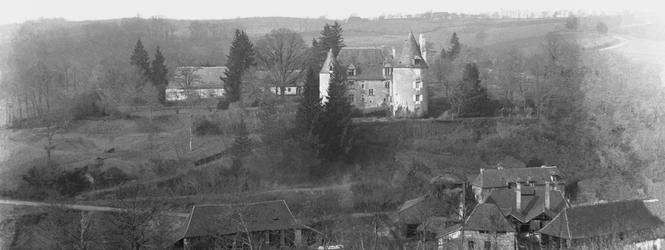 Cliquer pour agrandir la photo du château du maître de forge; © Fonds Combescot, série 47FI, AD24